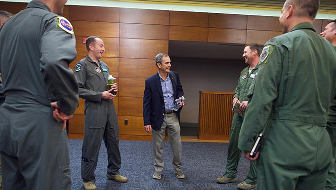 Former POW, fighter pilot shares leadership wisdom